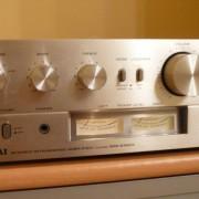 Akai AM-2350