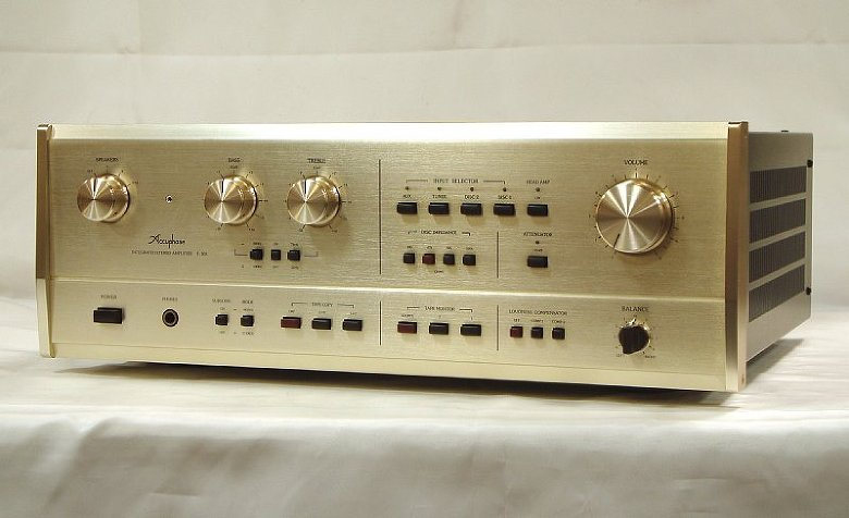 Accuphase E-301