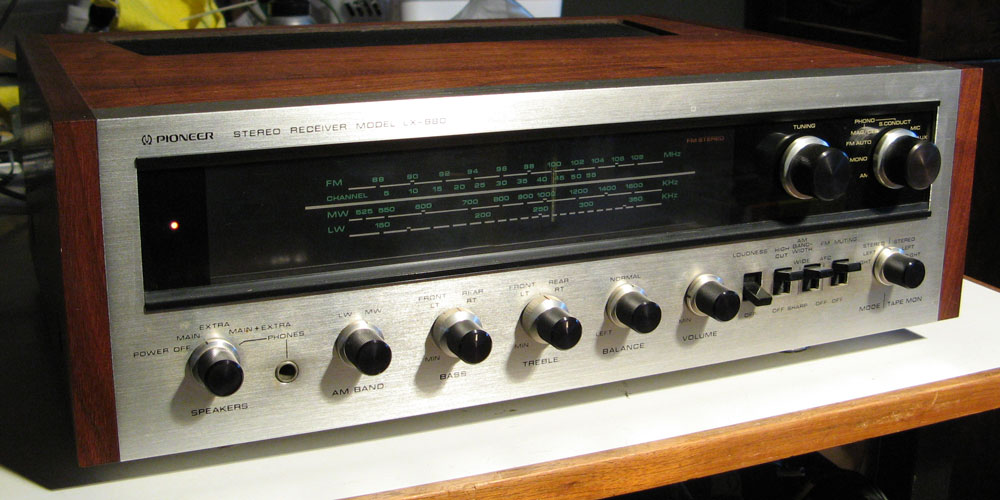 Pioneer LX-880