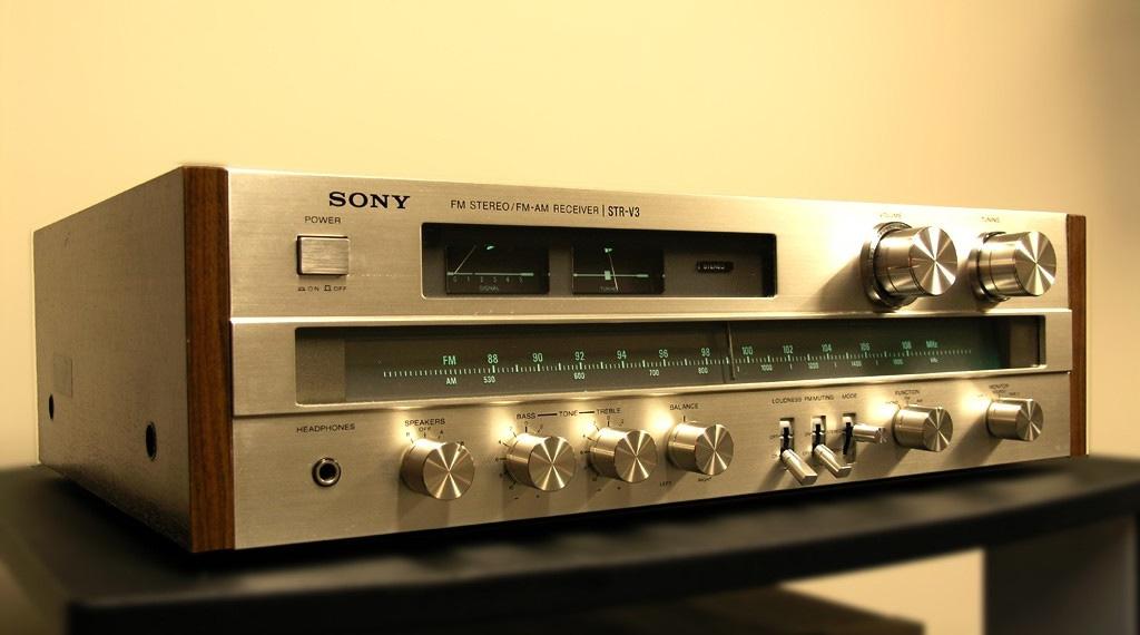 Sony STR-V3