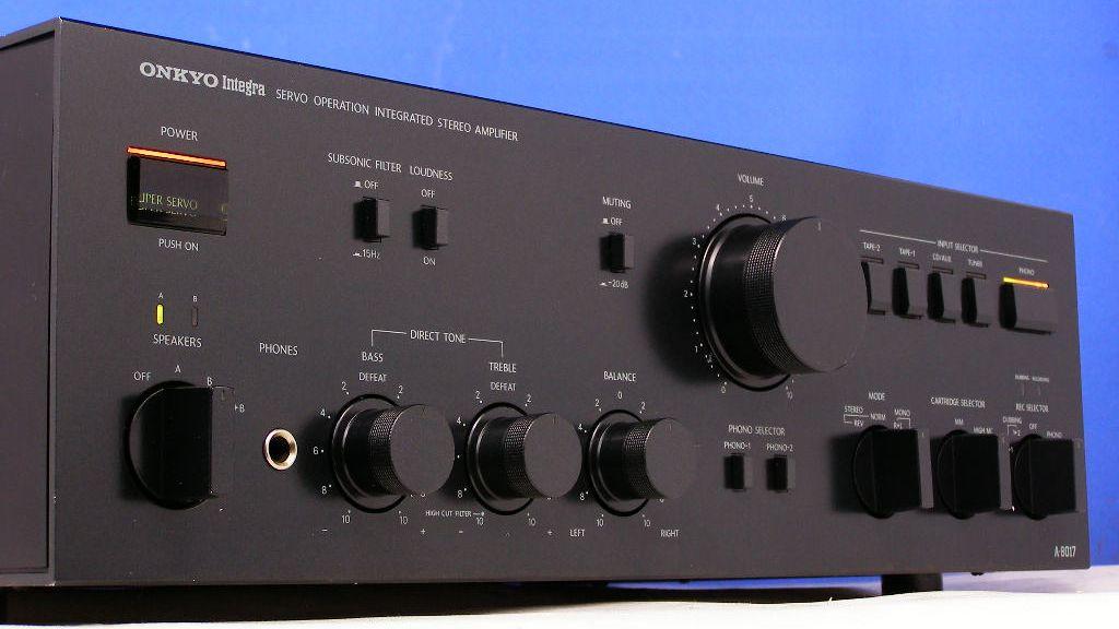 Onkyo A-8017