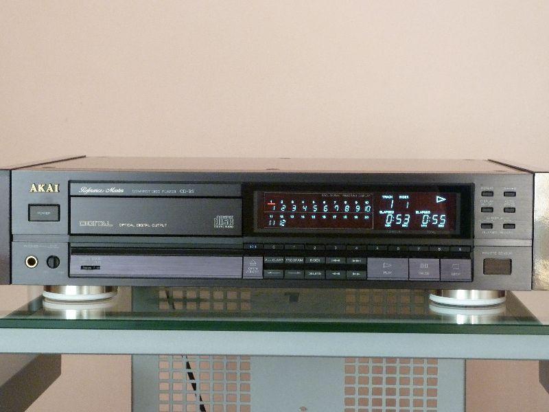 Akai CD-93