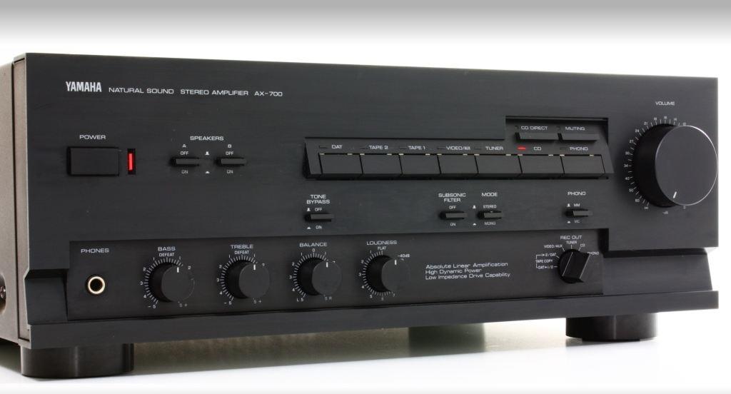 Yamaha AX-700