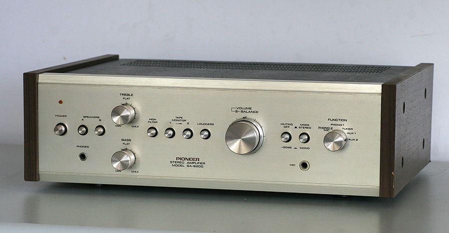 Pioneer SA-6200