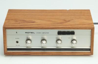 Rotel RA-210