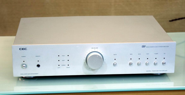 CEC AMP3300R