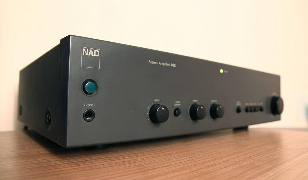 NAD 302