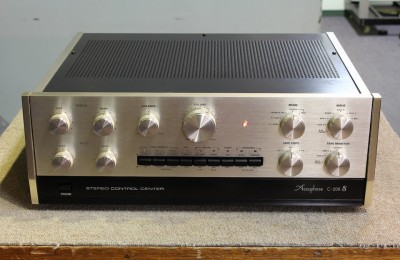 Accuphase C-200S